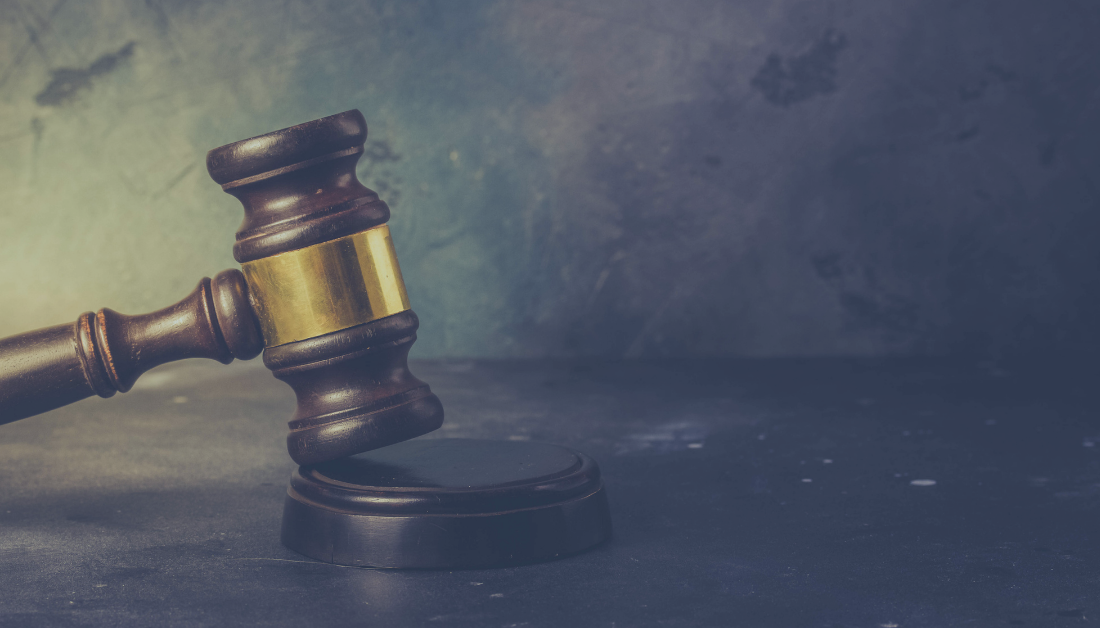 picture of law gavel with gray background